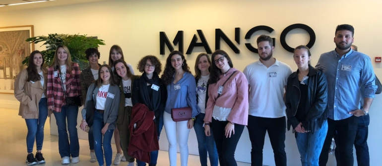 Mango: visita de los alumnos de la mención